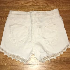 White Denim Short with Lace Detail